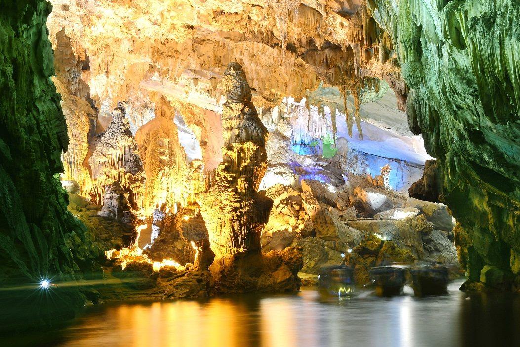 Vẻ đẹp ấn tượng của khu du lịch Phong Nha Kẻ Bàng