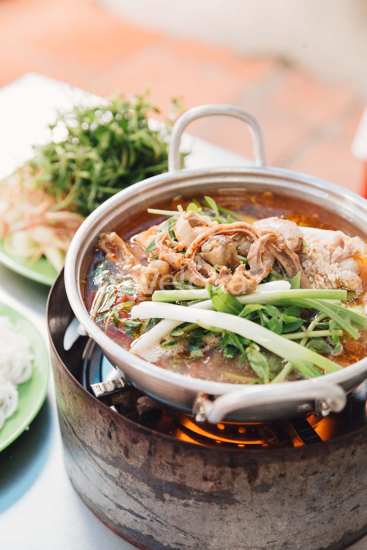 Cẩm nang du lịch Phan Thiết - Lẩu cá May Huệ