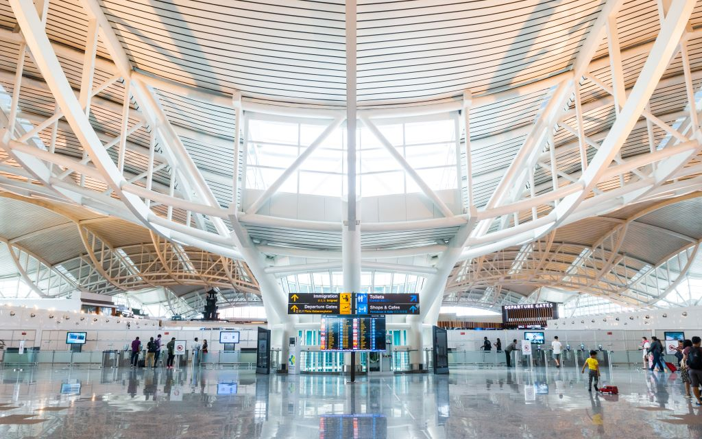 sân bay denpasar bali