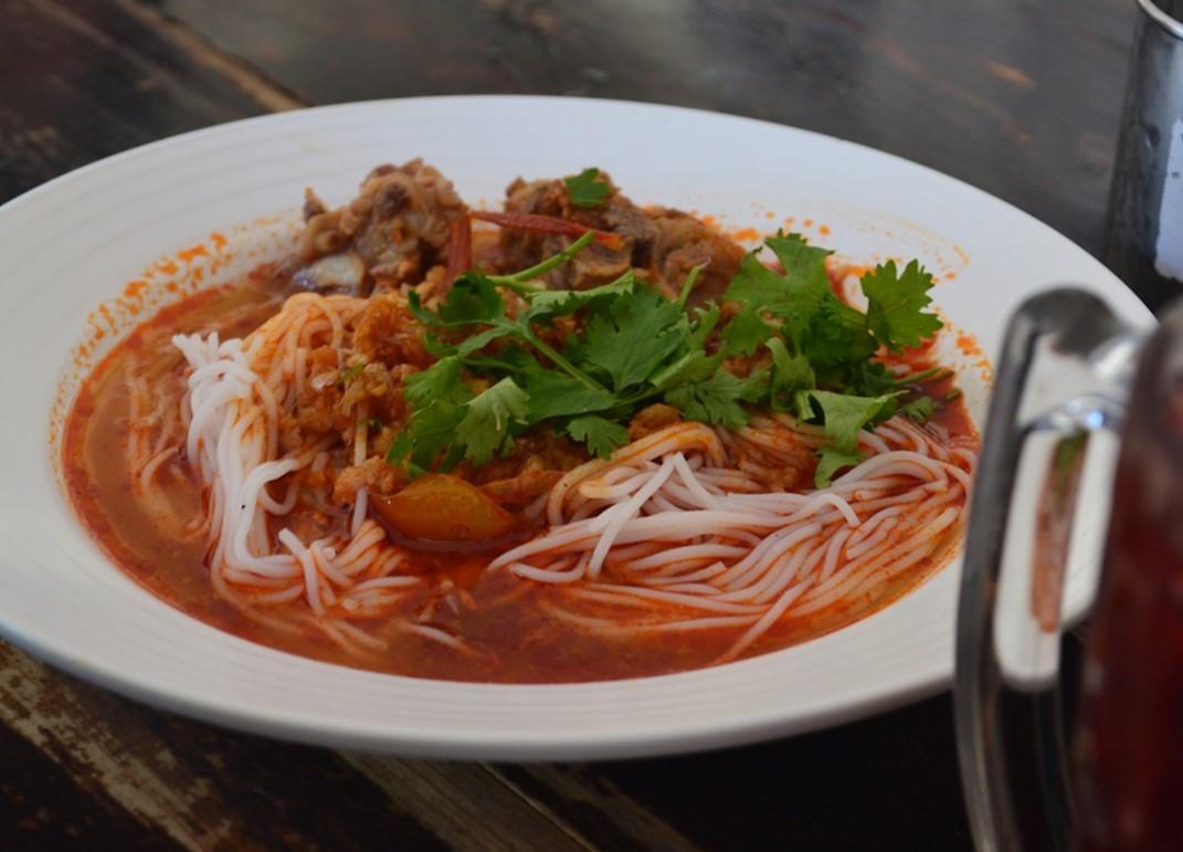 Kinh nghiệm đi Chiang Mai - Khanom Jeen Nam Giao
