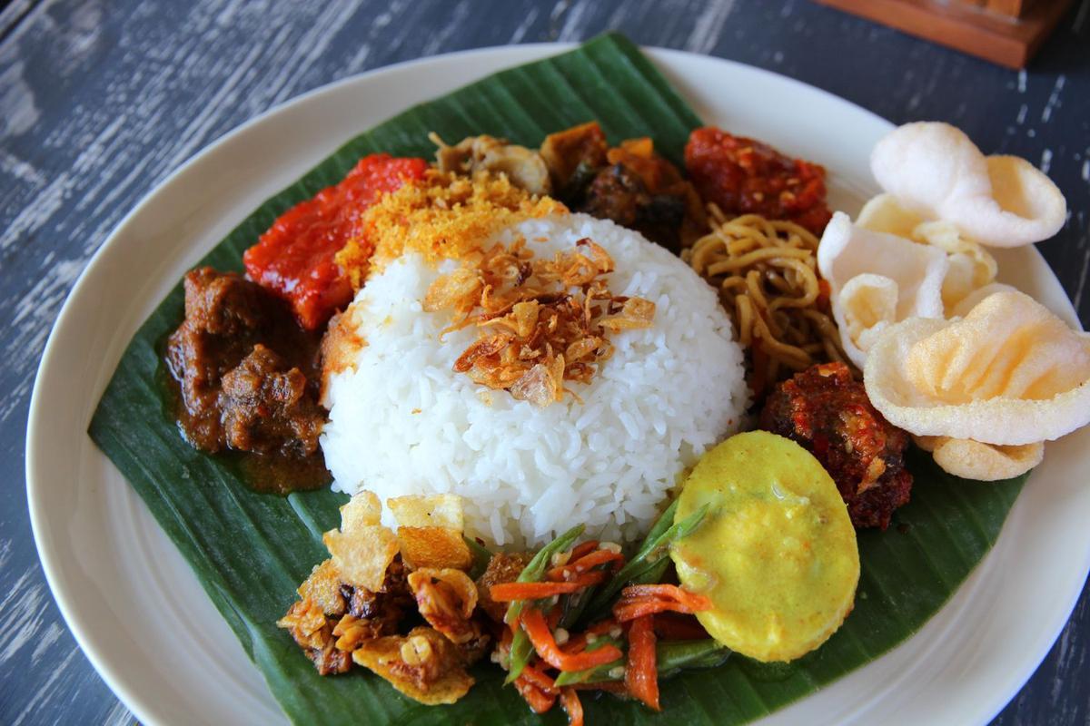 Kinh nghiệm du lịch Bali tự túc - Nasi campur