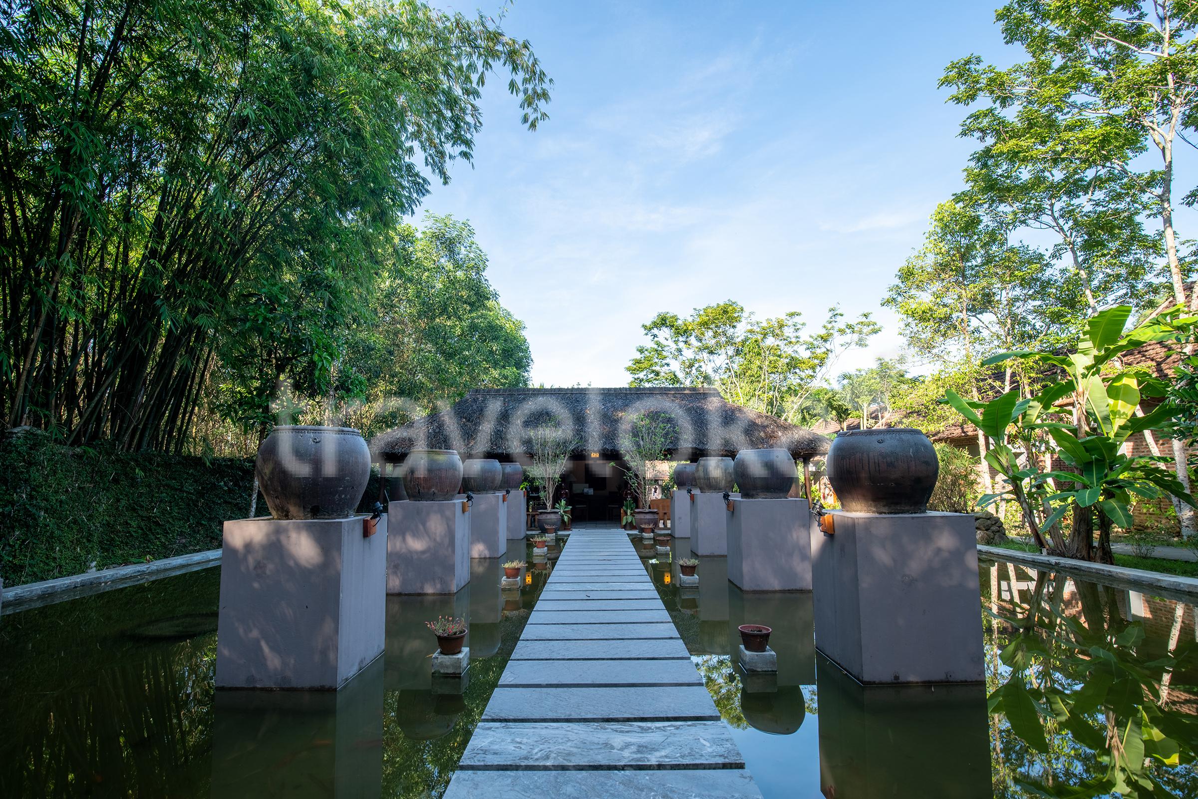 Kinh nghiệm du lịch Huế 1 ngày - Pilgrimage Village