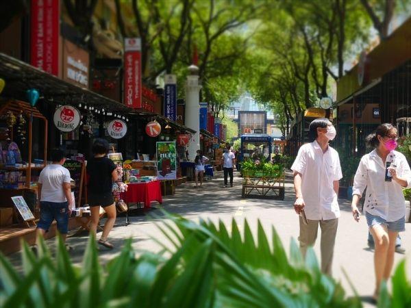Các địa điểm chụp ảnh đẹp ở Sài Gòn - Đường sách Nguyễn Văn Bình