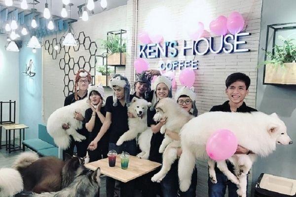 Coffee chó Sài Gòn được nhiều bạn trẻ yêu thích Ken's House Coffee