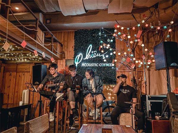 Phiêu Cafe Acoustic đẹp nhất trong các quán acoutic