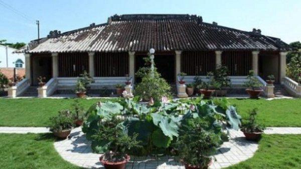 Khu sinh thái nhà xưa Vĩnh Long cổ kính